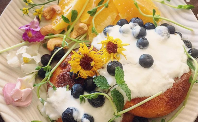 # Pancakes ก่อนอื่นดวงตาของฉันทานอาหารเช้าแล้วจิตวิญญาณของฉัน …. กับใครบางคนกำลังรับประทานอาหาร …